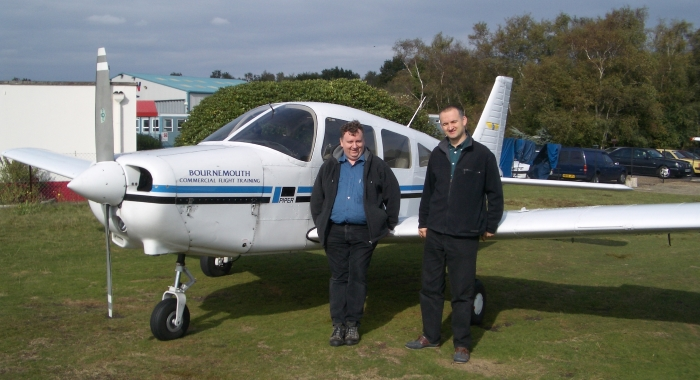 Flying700x380.jpg